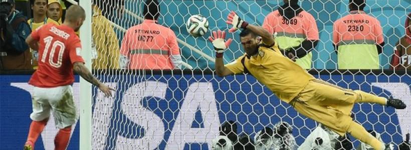 Argentina Win on Penalties
